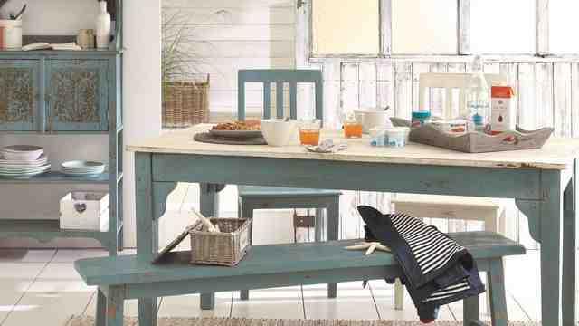 Quelle couleur de mur avec des meubles rustiques ?