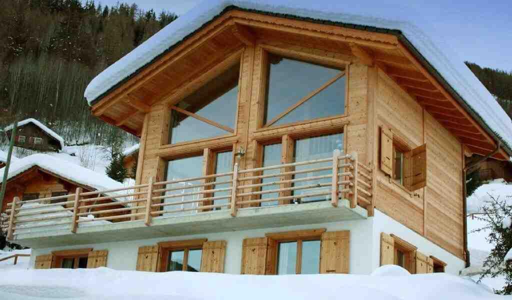 Quels sont les entretiens sur une maison en bois ?